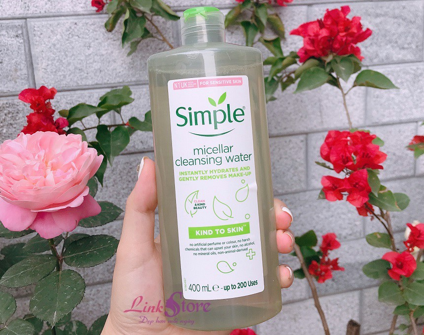 Tẩy trang Simple Kind To Skin Micellar Cleansing Water 400ml