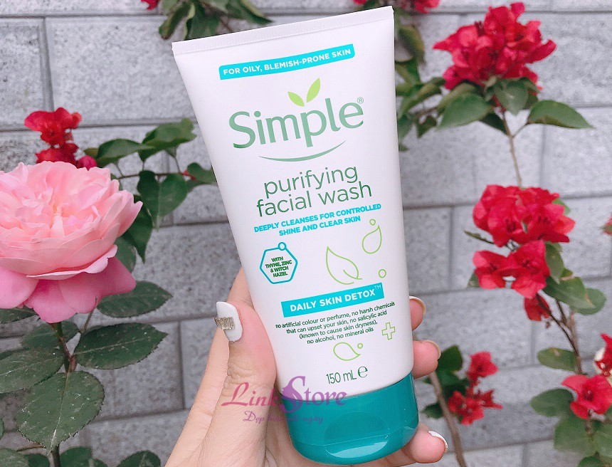 Sữa rửa mặt Simple Purifying Facial Wash Daily Skin Detox